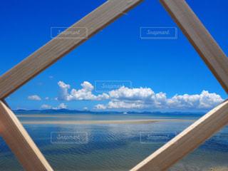 自然,風景,空,屋外,南国,雲,水面,海岸,沖縄,木製,旅行,旅,日本,フレーム,リゾート,眺め,フレーム越し,風景地
