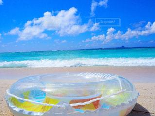 自然,風景,空,夏,屋外,水面,沖縄,リラックス,癒し,旅行,旅,日本,おきなわ,浮き輪,景観,日中