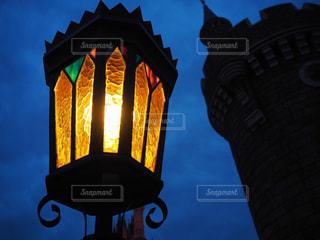 イギリス風街灯の輝き - No.914707