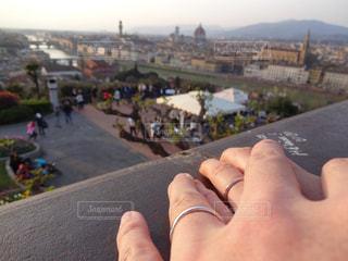 手,指輪,結婚指輪,イタリア,海外旅行,大聖堂,フィレンツェ,新婚旅行,ドゥオーモ,愛の誓い