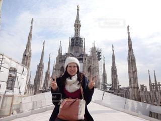 女性,観光地,展望,屋上,イタリア,海外旅行,大聖堂,ミラノ,ドゥオーモ