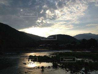 夕日,京都,夕焼け,山,観光,逆光,嵐山,渡月橋,夕陽