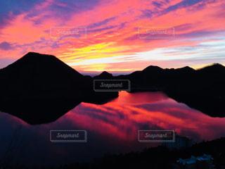 日没の前に雲の写真・画像素材[986111]