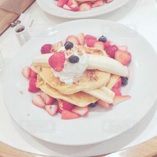 食べ物,カフェ,パンケーキ,テーブル,フルーツ,果物,皿
