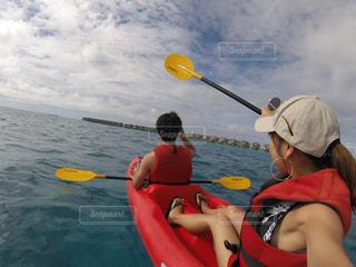 モルディブ,スポーツ,ボート,カヌー,人物,旅行,夫婦,sea,スポーツの秋,海大好き