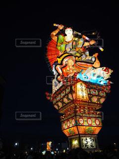 クロック タワーは夜ライトアップの写真・画像素材[1407672]