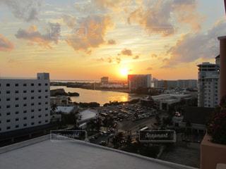 日の入りの風景の写真・画像素材[958778]