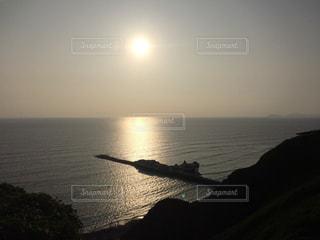 ペルー リマ 海沿いでの夕日の写真・画像素材[958982]