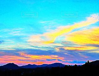 空,夏,夕日,雲,夕暮れ,山,オレンジ