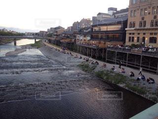 恋人,夏,京都,夕方,観光,鴨川,等間隔,淀川水系,一級河川