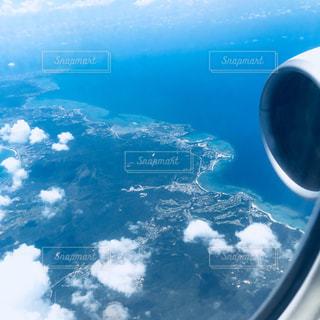 空,雲,青,飛行機,窓,沖縄,旅行,那覇,夏休み