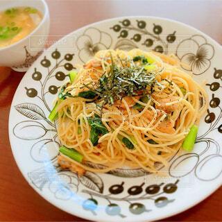 アサリと小松菜の和風スパゲティの写真・画像素材[4334217]