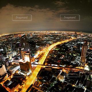 夜の街の景色 - No.915073