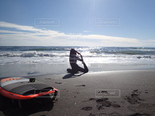 ビーチの人々 のグループの写真・画像素材[982424]