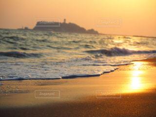 稲村ガ崎の夕陽の写真・画像素材[960318]