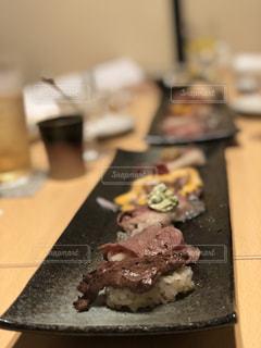 大阪,元気,肉,晩ごはん,寿司,肉寿司,食欲,味覚