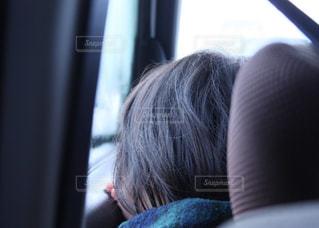 子ども,冬,車,窓,休日,ドライブ,お出かけ