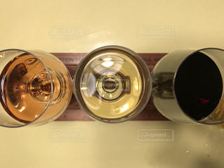 ワイン3種飲み比べの写真・画像素材[935576]