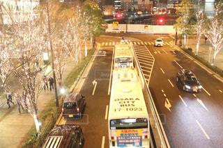夜景,屋外,車,道路,ライトアップ,道,バス,明るい,車両,シャンパンゴールド