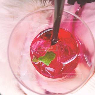 赤ワインのガラスの写真・画像素材[927427]