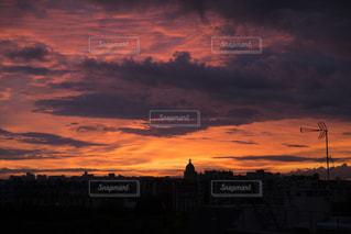 風景,空,夕日,屋外,雲,晴れ,夕焼け,夕方,ヨーロッパ,フランス,パリ,夕日がキレイ