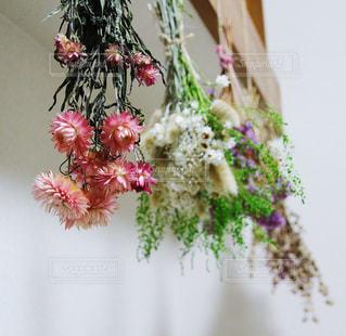 インテリア,花,ピンク,フラワーアレンジメント,ドライフラワー,ピンクの花,雑貨,フラワーアレンジ,pink,インテリア雑貨,インテリア装飾,吊るす花