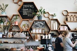 カフェのインテリアの写真・画像素材[3918693]