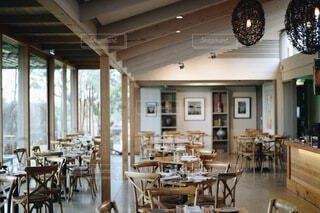 レストランのインテリアの写真・画像素材[3921344]