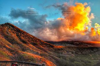空,夕日,olympus,山,登山,観光,旅行,ハワイ,ミラーレス一眼
