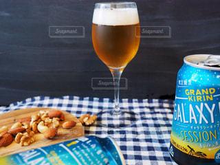 グラスビールの写真・画像素材[1324475]