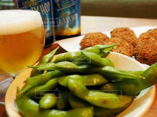 枝豆とビールの写真・画像素材[1341802]
