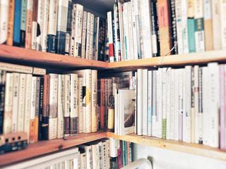 本棚の写真・画像素材[1563803]