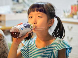 小岩井純水果汁のジュースおいしいの写真・画像素材[2228673]