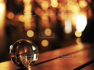 ガラス,光,ぼかし,イルミネーション,明かり,ガラス玉,明るい,玉ボケ,ボケ,グランフロント