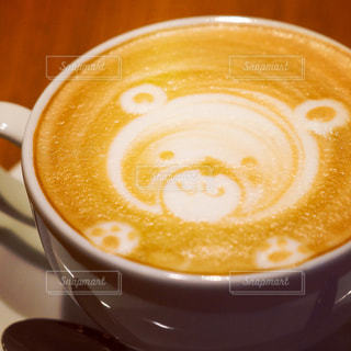 昼下がりとラテのクマさんの写真・画像素材[931810]