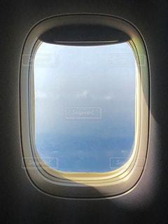 近くに車の窓の - No.1196938
