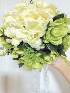 花,緑,白,フラワーアレンジメント,ブーケ,手作り,パール,造花,ラナンキュラス,ビーズ