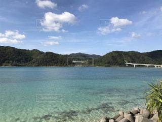 沖縄県名護市大浦湾の絶景ポイントの写真・画像素材[940304]