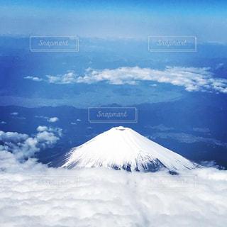 雪化粧した富士山の写真・画像素材[1048019]