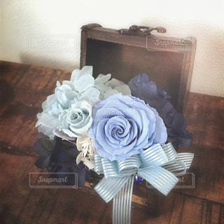 プレゼント,薔薇,リボン,ブルー,フラワーアレンジ