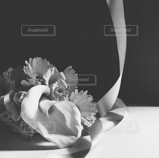花,白黒,リボン,ブーケ,インスタサイズ