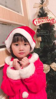 子ども,冬,赤,女の子,プレゼント,キラキラ,笑顔,クリスマス,サンタクロース,可愛い,サンタ,こども