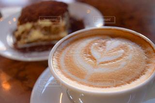 クローズ アップ食べ物の皿とコーヒー カップの写真・画像素材[935841]