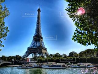 青空,船,フランス,パリ,エッフェル塔,クルーズ,秋空,セーヌ川,インスタ映え