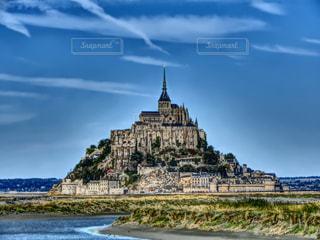 モン ・ サン ・ ミシェルの前に水の城の写真・画像素材[1518842]