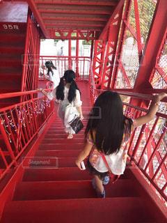建物,東京タワー,屋外,階段,赤,後ろ姿,女の子,人物,背中,人