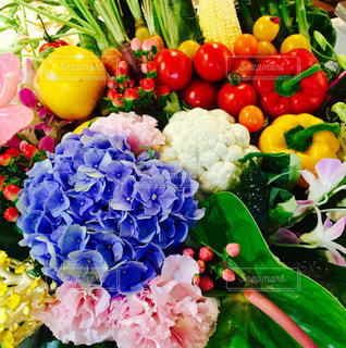 花,カラフル,トマト,野菜,フラワーアレンジ,パプリカ,アジサイ,ベジタブルアレンジ
