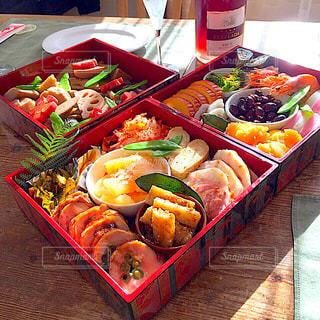 食べ物,おせち,正月,栗きんとん,黒豆,料理,テーブルフォト,ロゼ