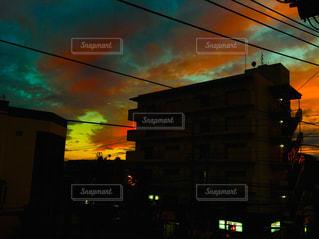 空,秋,夕日,雲,夕焼け,影,秋空