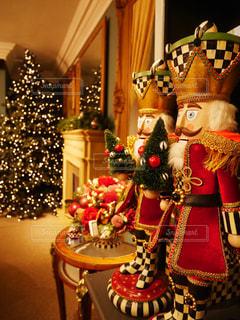 クリスマス ツリーと人形の写真・画像素材[950153]